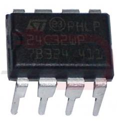 24C32WP DIP8